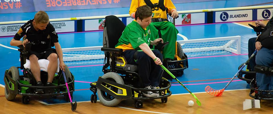 Shaun Mott playing Powerchair Hockey for Australia.